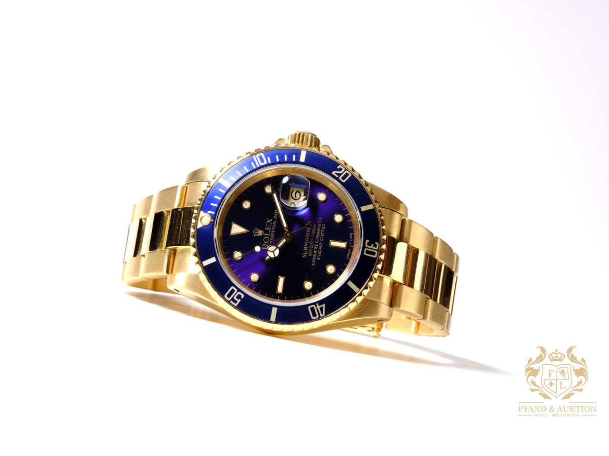 Rolex Submariner, Gold, 1986, unworn