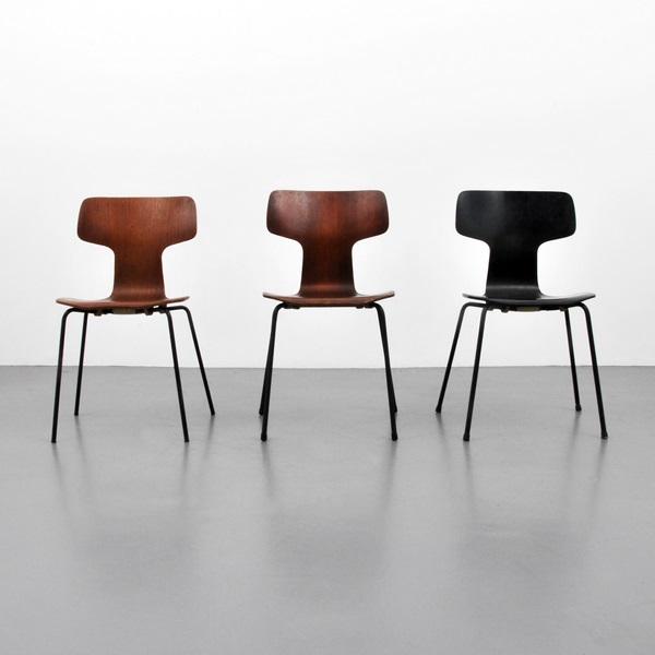 """Arne Jacobsen, 3 st stolar. """"Modell 3103"""". Utrop: $300 - 500"""