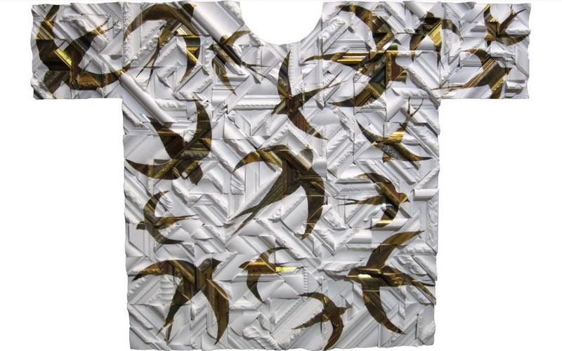 JUAN DIEGO MIGUEL. Camiseta con pájaros. Escultura (2015). Precio fijado 6.930 €