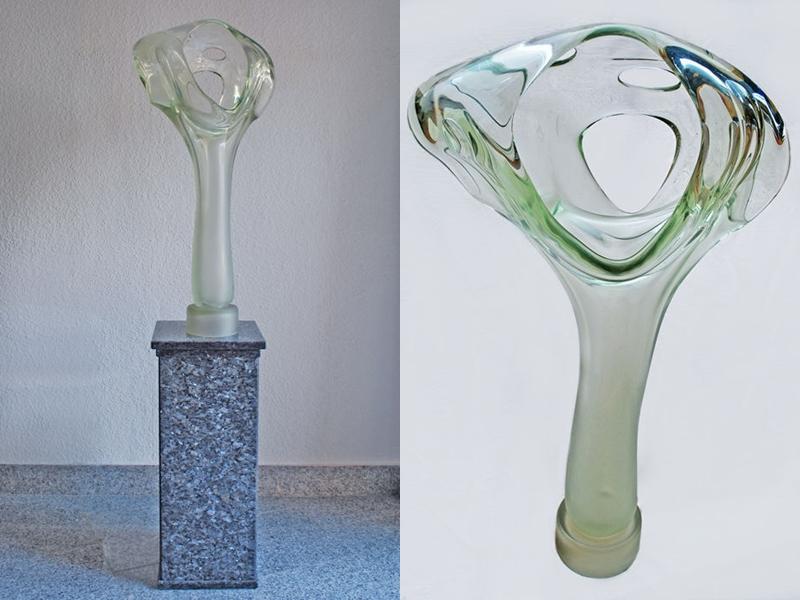 "IRENEUSZ KIZINSKI. Escultura de vidrio ""Ohne Titel"" (1989)"