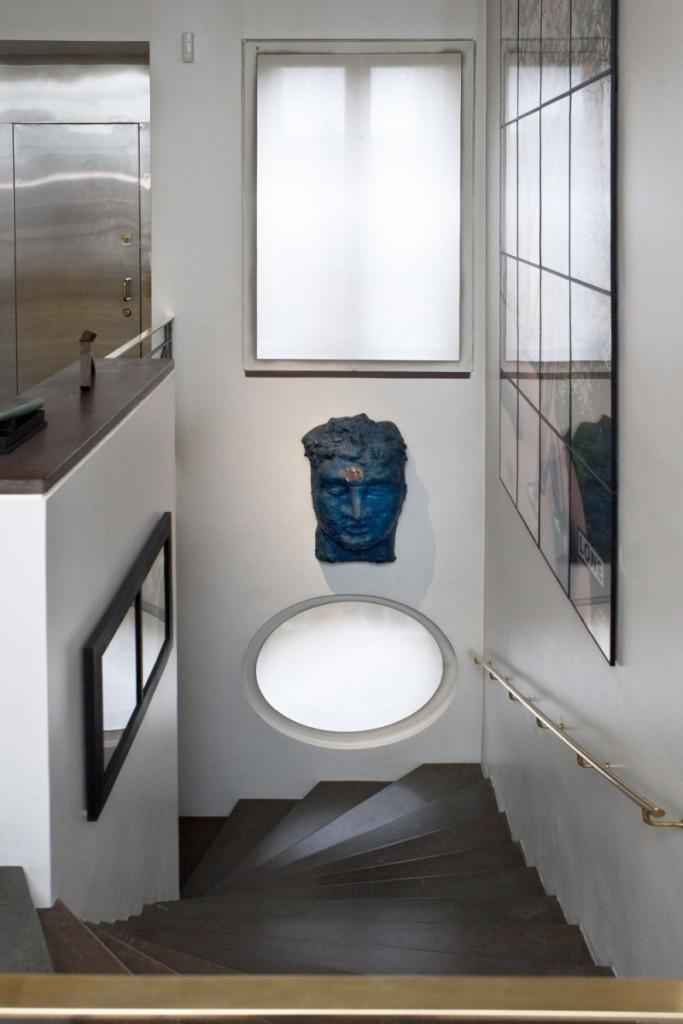 Le style du grenier des années 1920 a été préservé : de nombreux détails et matériaux, comme les escaliers, ont été conservés, puis mêlés à des éléments complètement actuels et modernes