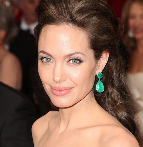 Angelina Jolie Image via etsystatic.com