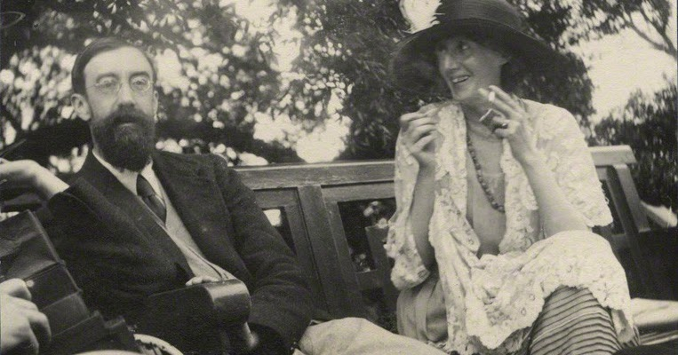 Lytton Strachey och Virginia Woolf i juni 1923. Bild: chronicadomus.blogspot.com
