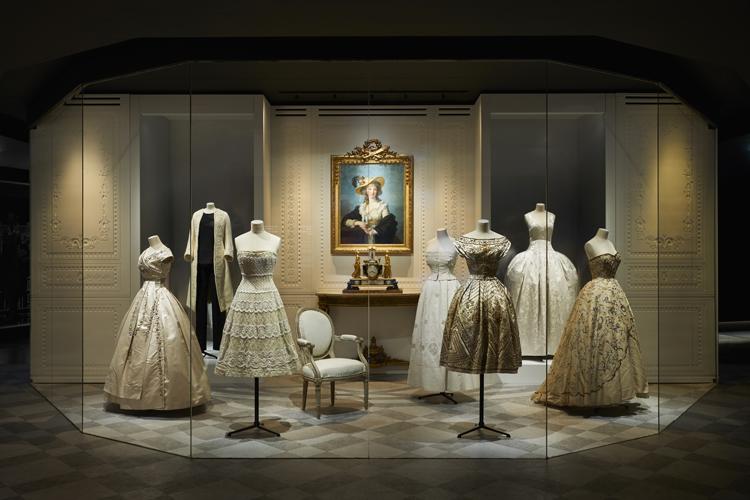 Klänningar från Christian Dior nyss visade på