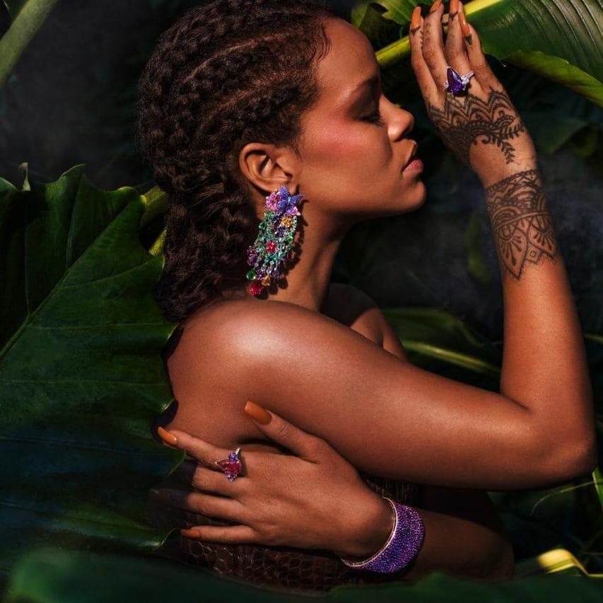 Rihanna-wearing-RIHANNA-CHOPARD-1-xlarge_trans_NvBQzQNjv4Bqbg_22blaLussnhTHDjKTpCFxyGgy7szyv1FSlh_iKR8