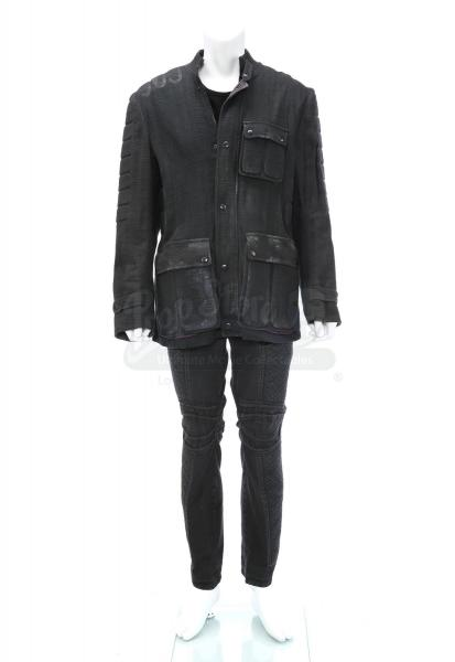 """Divergent (2014): Tobias """"Four"""" Eaton's Peter and Tris' Dauntless Fight Jacket, T-Shirt and Pants"""
